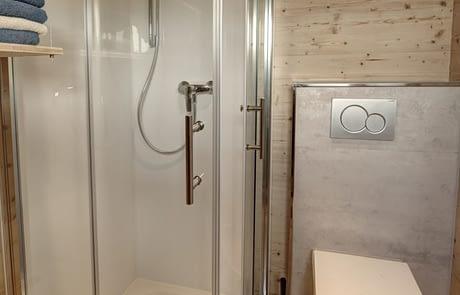 freiRAUM Tiny House Dusche und WC